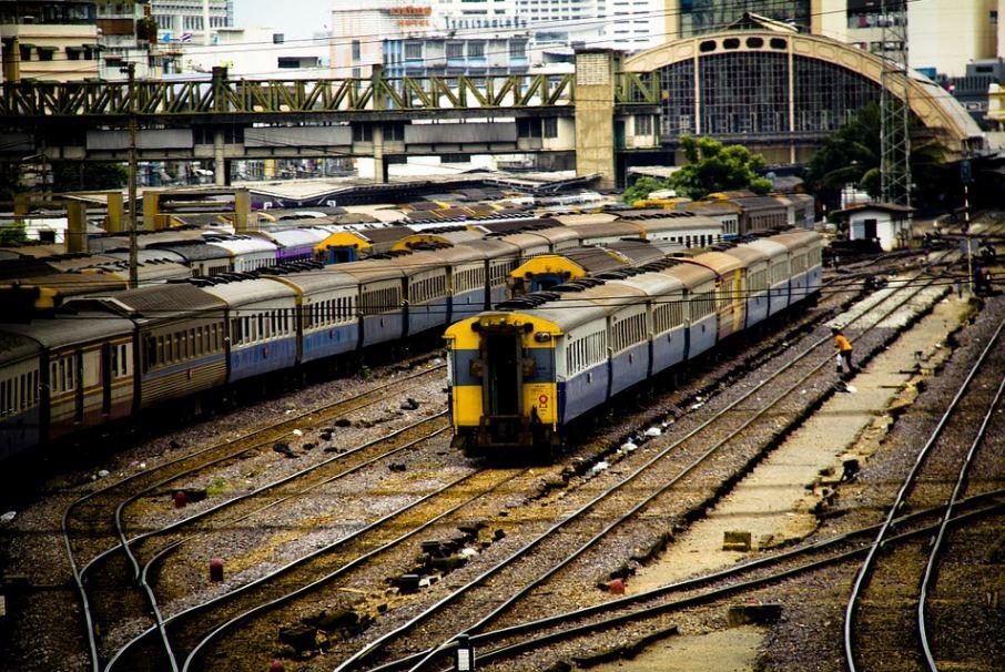 trains in Bangkok